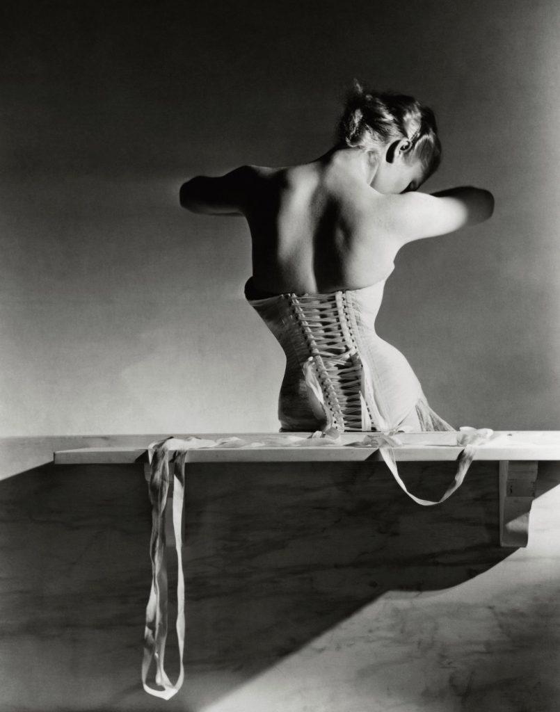 Mainbocher corset taken by Horst P. Horst
